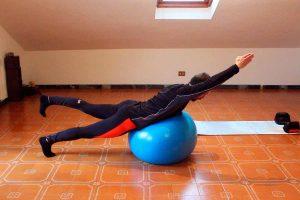 Entrenamiento con pilates o balón de fitball. Tutorial completo