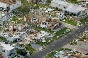 Los huracanes son una amenaza real y constante para la supervivencia en muchos lugares del planeta. Por eso es importante estar preparado y saber cómo reaccionar